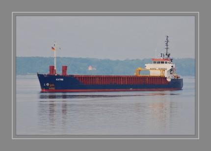Mehrzweckfrachter Flagge Malta  MMSI 256793000  IMO 9014937  Rufzeichen 9HCQ9  Größe 88×13 m  GT 2.497  Deadweight 4.173  Höchstgeschw. 12 kn