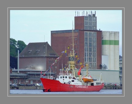 Die Fehmarnbelt ist ein deutsches Feuerschiff, das nicht mehr als solches auf Position liegt, sondern als Museumsschiff heute noch in Fahrt ist. Sie wurde von 1906 bis 1908 auf der Thyen Werft in Brake an der Weser als Dreimastschoner mit Notbesegelung gebaut und 1908 als Feuerschiff Außeneider in Dienst gestellt. Es lag mit Unterbrechungen bis 1944 auf der Position Außeneider vor der Mündung der Eider in die Nordsee, in den Jahren 1914 bis 1916 auf Position Süderpiep. 1918/19 war es an militärischen Operationen in der Ostsee beteiligt.