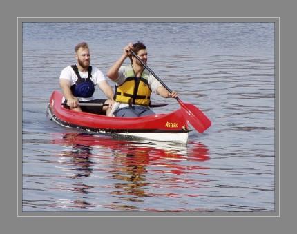 Ein Kanute (auch: Kanufahrer oder Paddler) ist der Benutzer eines Kanus. Der Begriff Kanute wird häufig für die Mitglieder des Deutschen Kanu-Verbandes oder für andere Sportler, die Kanusport betreiben, verwendet.